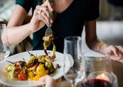 Slow eating aids weight loss : Study