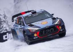 Thierry Neuville holds lead in icy Rally of Sweden