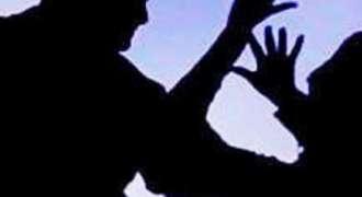 جڑانوالا: امام مسجد دے پُتر نوں زیادتی دا نشانہ بنا دتا گیا امام مسجد دے منع کرن اُتے نوجواناں نے اوہدا نک وڈھ دتا