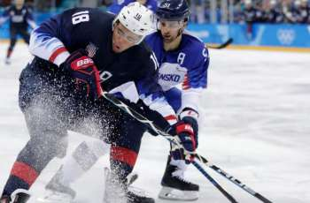 USA rips Slovakia to reach Olympic hockey quarter-finals