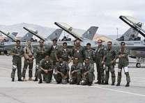 فرق من القوات المسلحة لدولة الإمارات العربية المتحدة والأردن وطائرات القوات الجوية التركية تشارك في العرض العسكري بمناسبة يوم باكستان
