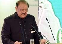 الرئيس الباكستاني يحث الشعب للعمل لتقدم ورخاء البلاد