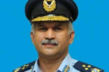 تعيين المارشال مجاهد انور خان قائداً جديداً للقوات الجوية الباكستانية
