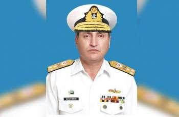 قائد القوات البحرية الباكستانية يلتقي نظيره الكويتي