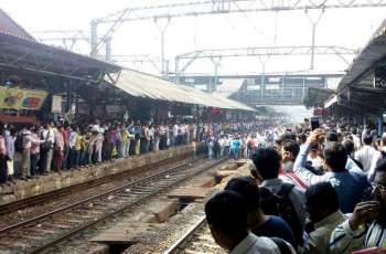 Protest brings train services in Mumbai to halt