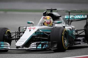 Hamilton's special lap to claim pole for Australian F1 GP