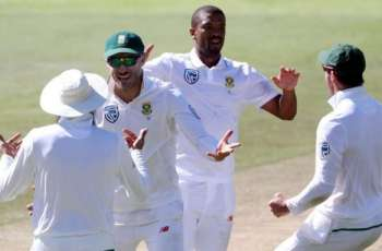 South Africa bowl out Australia to gain 56-run lead
