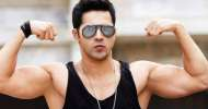 Varun Dhawan amazes fans with birthday workout