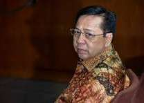 Indonesia's former speaker gets 15 years in jail for corruption