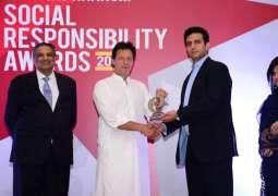 Jazz Wins Shaukat Khanum Social Responsibility Award 2017