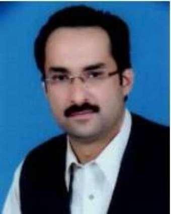 کپتان نے مسلم لیگ (ن) دی وڈی وکٹ اُڈا دتی  ایم پی اے فیصل فاروق چیمہ نے تحریک انصاف وچ رلتی ہون دا اعلان کر دتا
