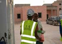 مركز الملك سلمان للإغاثة يواصل لليوم السابع توزيع وجبات إفطار الصائم في محافظة حضرموت