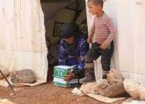 مركز الملك سلمان للإغاثة يواصل لليوم الرابع عشر توزيع السلال الغذائية ووجبات إفطار الصائم على النازحين في المخيمات في ريف حلب الشمالي
