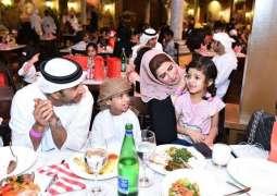 تقرير / الإمارات في رمضان.. طيبة وبساطة يلفها ثوب الحداثة