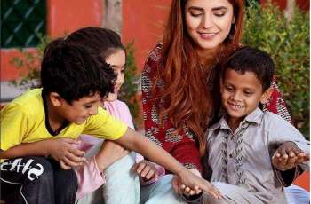 Momina Mustehsan for bright future of children, campaigns for Eidhi