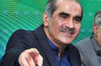 وزير السكك الحديدية الباكستانية: حركة الإنصاف الباكستانية تلعب دورا رئيسيا لإضعاف الديمقراطية في البلاد
