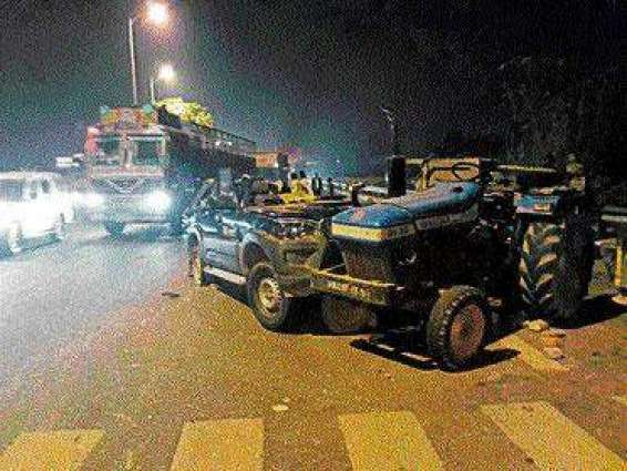 Three Killed Four Injured In Road Accident Multan Pakistan Point
