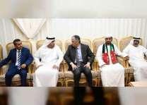 السفير اليمني يقدم واجب العزاء لذوي الشهيد علي الحساني
