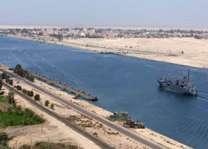 قناة السويس المصرية تحقق إيرادات قياسية تصل الى 5.585 مليار دولار