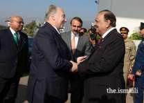 باكستان وطاجيكستان تتفقان على رفع التجارة الثنائية إلى 500 مليون دولار أمريكي سنوياً