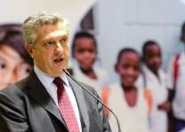 Nearly three million more displaced year-on-year, warns UNHCR chief