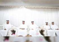حاكم رأس الخيمة والشيوخ يعزون في وفاة والدة سلطان الذيب