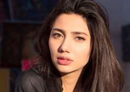 Mahira Khan looks forward to '7 Din Mohabbat In' and so do we
