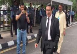 Khawaja Haris withdraws from representing Nawaz in NAB references