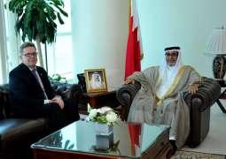 وزير شؤون المجلسين يستقبل السفير الألماني بمناسبة انتهاء فتره عمله