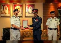 وفد داخلية البحرين يطلع على تجربة شرطة أبوظبي المجتمعية