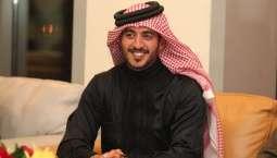 صالة مدينة خليفة الرياضية تتزين بصورة خالد بن حمد قبل انطلاقة بطولة سموه لكرة قدم الصالات