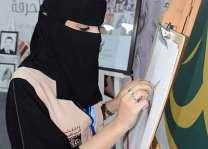 المرأة السعودية تكسر احتكار الحرف بسوق عكاظ 12