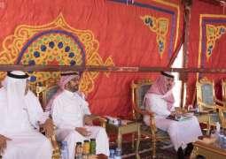 الأمير بدر بن سلطان يتفقد مشروعات وزارة النقل في محافظة القريات