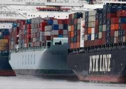 انخفاض العجز التجاري الأمريكي في مايو