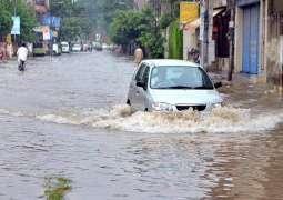 Heavy downpour triggers flash floods in Hazara