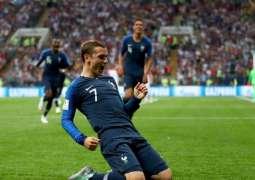 كأس العالم 2018 : منتخب فرنسا يتوج باللقب للمرة الثانية في تاريخه بفوزه على كرواتيا 4-2