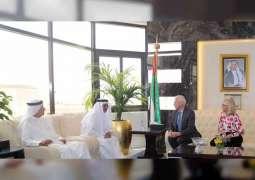 """""""صحة دبي"""" تبحث التعاون المشترك مع المؤسسات الصحية البريطانية"""
