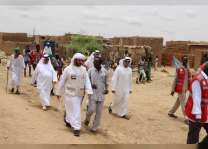 """وفد """" الهلال """" يبدأ جهوده الإنسانية و الإغاثية لمساعدة متضرري فيضانات السودان"""