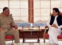 رئیس القیادة المشترکة الجنرال زبیر یلتقي رئیس الوزراء الباکستاني عمران خان
