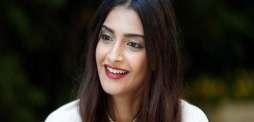 Sonam Kapoor wishes Pakistan on Independence Day