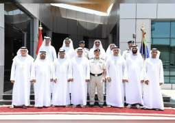 وكلاء الدوائر المحلية يطلعون على جهود شرطة أبوظبي التطويرية في المدينة الآمنة