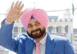 I will take back 100 times more love I had brought to Pakistan: Sidhu