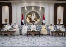 محمد بن راشد ومحمد بن زايد يستقبلان الحكام وأولياء العهود ونواب الحكام بمناسبة عيد الأضحى