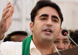 PPP workers disappointed as job applications submitted to Bilawal Bhutto thrown in garbage