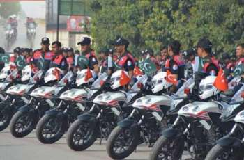 Prizes for dolphin Jawans