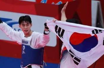 S. Korea picks up 3 gold medals in fencing, taekwondo