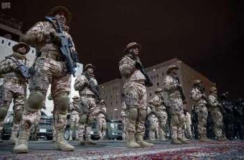 وزير الداخلية يقف على استعدادات وجاهزية قوات الأمن الخاصة لخدمة حجاج بين الله الحرام