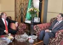 سفير خادم الحرمين الشريفين لدى مصر يلتقي نظيره السلوفاكي