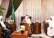 الأمير سعود بن نايف يستقبل المواطن البلوشي المتنازل عن قاتل ابنه لوجه الله