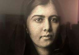 Malala hopes her portrait reminds people of girls' fight for change